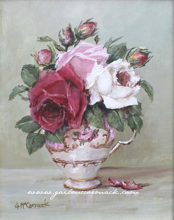 Favourite roses in a tea cup