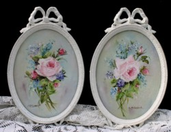 Original pair of Paintings in Oval Ornate Italian frames - Postage is included Australia wide