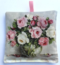 Lavender Sachet - From The Garden - Postage is included Australia wide